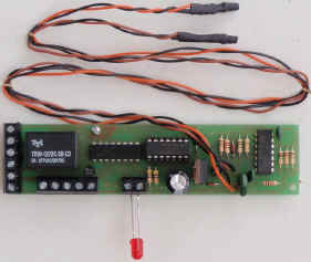 the infra red detectors and emitters each use a pair of twisted wires to join them to the board