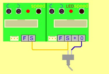 Wiring for one switch to simaltaneously control two or more servo motors