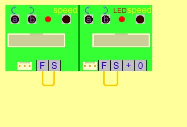 Wiring to make servo motors continually move backwards and forwards